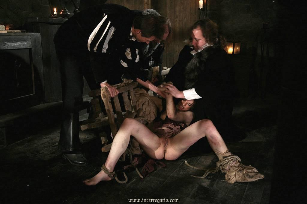 порнофильмы об инквизиции